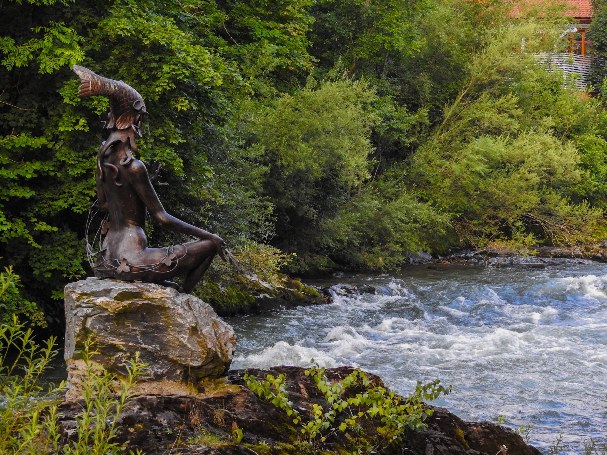 Water-goddess Murna